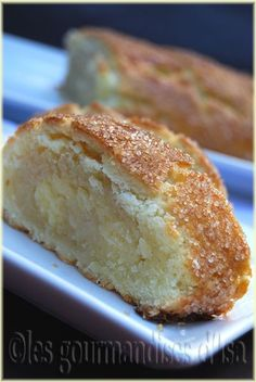 The Cutting Edge of Ordinary: Easy Apple Cake Breakfast Bread Recipes, Breakfast Dessert, Snack Recipes, Dessert Recipes, Oreo Dessert, Dessert Bars, Oreo Cheesecake, Cupcakes, Cupcake Cakes