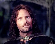 Animated gif discovered by L'enfant des nuages. Find images and videos about lord of the rings, LOTR and viggo mortensen on We Heart It - the app to get lost in what you love. Aragorn Lotr, Legolas, Arwen, Rr Tolkien, Tolkien Books, Viggo Mortensen Aragorn, Thranduil, One Ring, Middle Earth