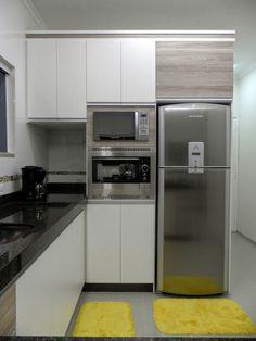 24 Ideas For Kitchen Apartment Glam Kitchen Room Design, Kitchen Layout, Interior Design Living Room, Kitchen Decor, Modern Kitchen Cabinets, Kitchen Units, Kitchen Furniture, Kitchen Canopy, Cuisines Design