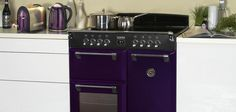 This limited edition Stoves Richmond is part of the Colour Boutique collection which matches perfectly with purple Morphy Richards kettle and toasters.