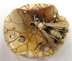 Wasp netsuke