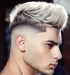 28 Top Pompadour Haircuts for Men Trends) - Style My Hairs Trendy Mens Hairstyles, Quiff Hairstyles, Cool Haircuts, Haircuts For Men, Barber Hairstyles, Mid Fade Haircut, Haircut Short, Short Quiff, Short Hair Cuts