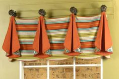 Tracy Curtain Valance Sewing Pattern ... now this is a valance I actually like!