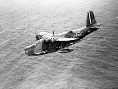 The huge Short Sunderland flying boat had a crew of 9 but could accommodate as many as 80 men when used as a transport. Radar had only been introduced to the Sunderland in October 1941.