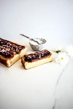 rhubarb mascarone créme pâtissière brioche tart