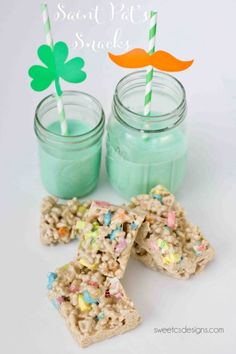 St Pats Straws, green milk and lucky charms treats make a perfect snacktime or party on saint patricks day!