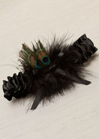 Satin garter with marabou and dazzling peacock feathers make this garter a show stopper. One size fits most. Available in a selection of colors.