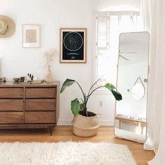 Bedroom Minimalist, Interior Design Minimalist, Modern Bedroom, Interior Design Living Room, Minimalist Apartment, Contemporary Bedroom, Design Bedroom, Bedroom Furniture Design, Simple Interior