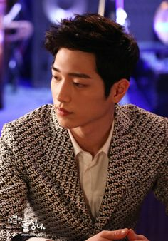 Seo Kang Joon in Cunning Single Lady. Such a great new actor! Love him!