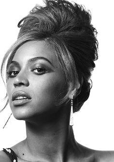 Beyoncé by Robert Erdmann