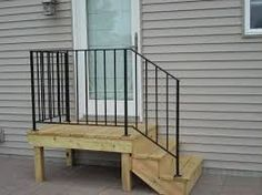 mobile home steps - http://www.mobilehomeremodelingsupplies.com/mobilehomeentrystairs.php