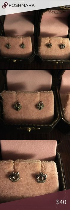 JUICY COUTURE 2 PAIRS - CROWN STUDS & HEART STUDS JUICY COUTURE 2 PAIRS EARRINGS - CROWN PAVE STUDS & HEART PADLOCK STUDS Juicy Couture Jewelry Earrings