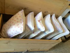 Piped oblong cushions