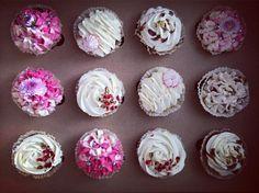 #cupcakes #cupcakesdaily #cupcakestyles #cupcakesdesign #frosting#birthdaycupcakes tak dostarczamy#instadaily#instamama#piecze