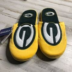 Green Bay Packers Slippers Team Colors Big Logo NEW Two Toned House shoes BLG
