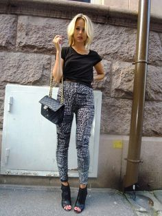Elin Kling • Patterned pants