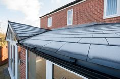 Warm Roof, Garage Doors, Outdoor Decor, Home Decor, Decoration Home, Room Decor, Home Interior Design, Carriage Doors, Home Decoration