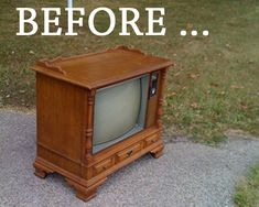 Old TV = Adorable Shelf!