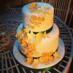 Autumn inspired tiered cake #claphamcakes Autumn Inspiration, November, Cakes, Inspired, Amazing, Desserts, Food, Restaurants, November Born