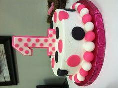 Minnie Mouse Smash Cake!