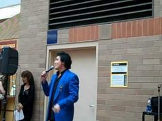 DANNY SINGING FOR THE FOLKS AT THE BROOKS ARMY MEDICAL CENTER IN SAN ANTONIO,TX