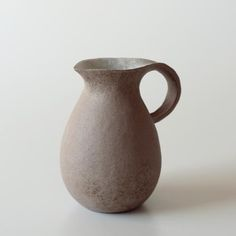 * emi okumura ceramic ware * 凹's Clay Cup, Pottery, Dishes, Tableware, Crafts, Decor, Vases, Crochet Accessories, Bottles