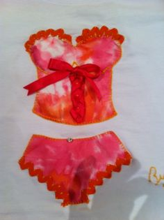 Camiseta decorada corset