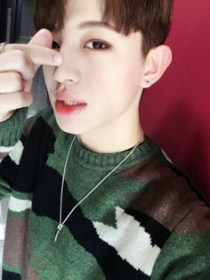 Jinhoo 진후 || Kim Jinwook 김진욱 || Up10tion || 1995 || 173cm || Lead Vocal || Leader