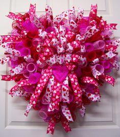Valentine Wreath,Valentine Mesh Wreath,Heart Wreath,Valentine Gift,Valentine's Day, by CherylsCrafts1 on Etsy