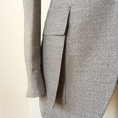 British Style Men, Wedding Dress With Pockets, Dress Pockets, Bespoke Clothing, Salwar Dress, Pocket Pattern, Sewing Lessons, Men Style Tips, Couture