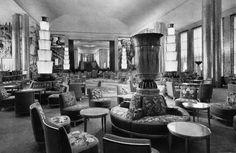 The grand lounge aboard SS Normandie  http://midmodmapretroroadmap.files.wordpress.com/2010/02/decodence-ss-normandie-interior2-retro-roadmap.jpg?w=491=320
