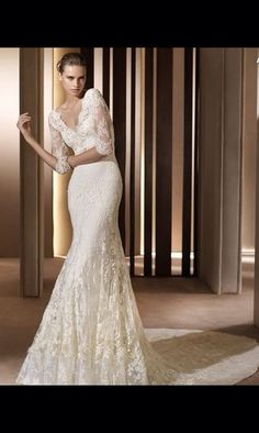 Vintage lace long sleeves wedding dress by CalzadasInnovations, $299.99