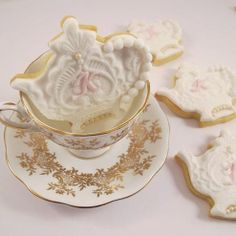 ❥‿↗⁀ Teapot  treats and lovely delicate etched gold teacups. ❥‿↗⁀
