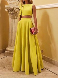 Sexy Yellow Women Crop Top and Skirt Set Solid Sleeveless Two Piece Summer Women Set Elegant Women Skirt Top Matching Set Crop Top Elegante, Suits For Women, Clothes For Women, Casual Dresses, Fashion Dresses, Looks Chic, Short Tops, Two Piece Dress, Elegant Woman