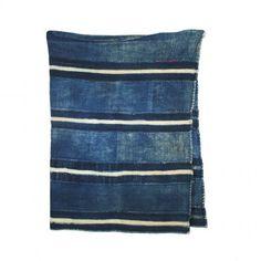 Vintage indigo textile - love the evidence of usage in a well-loved piece. Tie Dye Patterns, Textile Patterns, Textile Prints, Textile Design, Mood Indigo, Indigo Blue, Shibori, Indigo Plant, Colour Field