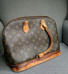 Louis Vuitton Handbag – Famous Last Words Louis Vuitton Handbags Black, Buy Louis Vuitton, Louis Vuitton Speedy Bag, Louis Vuitton Monogram, Crossbody Shoulder Bag, Leather Shoulder Bag, Shoulder Bags, Vintage Leather, Handmade Leather