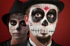 Par en maquillaje de cráneo y para el día de los difuntos Foto de archivo