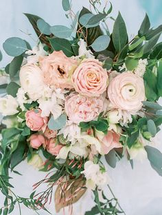 Winter Wedding Bouquet pink peach EH Floral rodeocophoto_icecastle-28.jpg