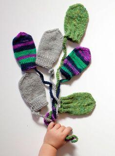 Varmt till små händer Knitting For Kids, Baby Knitting, Crochet Baby, Knit Crochet, Knitted Animals, Knitted Hats, Stick O, Baby Barn, Tyga