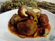 Receta: Albóndigas rellenas de huevo de codorniz con salsa de boletus