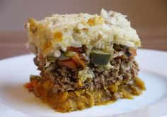 This hearty, 3-Layered Paleo Shepherd's Pie is packed with nutrients and flavor, and has abundant servings to last for days! The 30 Clean approved!