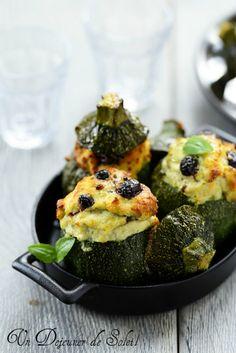 Courgettes farcies au poisson et olives noires