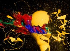 High Speed Photos of Exploding Light Bulbs. Indiana-based photographer Jon Smith invites everyone to the fascinating world of high speed photography with his colorful series of exploding light bulbs. Bulb Photography, High Speed Photography, Amazing Photography, Unique Lamps, Unique Lighting, Soul Design, Beautiful Lights, Photo Art, Light Bulb