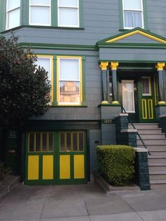 University of San Francisco alums must live here...