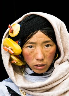 A Tibetan beauty. Photo taken in the Aba region of Sichuan province, China.  www.boazimages.com