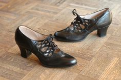1930s shoes size 5- if only my feet were a size smaller..