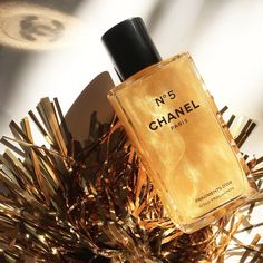 The Beauty Cove: NATALE 2017 • CHANEL • N°5 FRAGMENTS D'OR