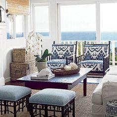 Blue California Cottage: Living Room