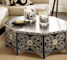 De Santis Hand Painted Table - Beautiful and unique