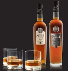 Ron Roble Viejo, Ultra Añejo y Extra Añejo Venezuela Caribe Tolle Geschenke mit Rum gibt es bei http://www.dona-glassy.de/Geschenke-mit-Rum:::22.html